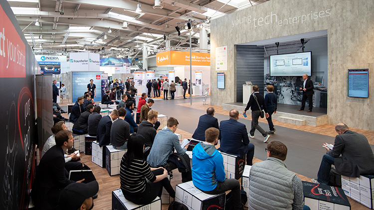 Der Ausstellungsbereich Young Tech Enterprises der HANNOVER MESSE gibt der neuen dynamischen Tech-Gründerszene eine Plattform. (Halle 17, B68)